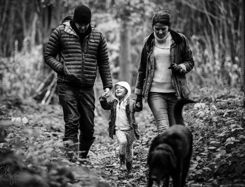Covert Woodland family documentary photo shoot in Kent